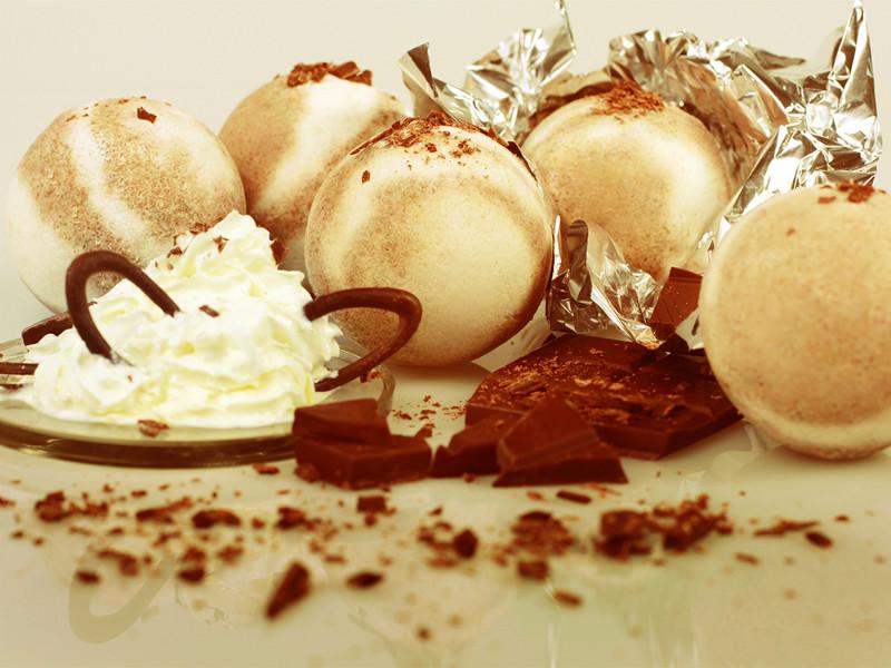 Необычные бурлящие шарики для ванн от производителя: Бурлящие шарики «Молочный шоколад» с пеной 130 г