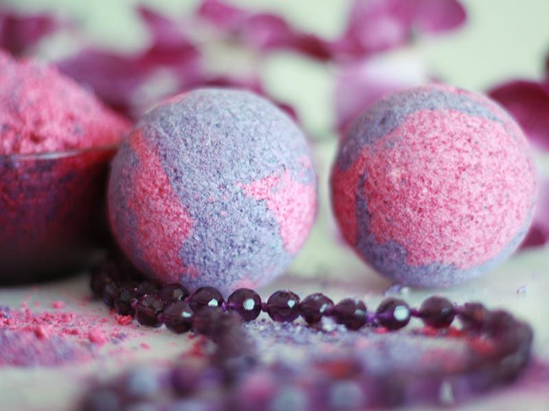Необычные бурлящие шарики для ванн от производителя: Бурлящие шарики «Лаванда» Антистрес с пеной 130 г